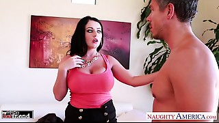 Big breasted dark brown Sophie Dee fucking