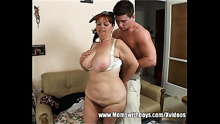Bigtitted Mom Gives Bonus For Cleaning The Abode