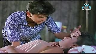 Mallu Aunty Out of Scene Movie scene - IndianVideoHubcom movie scene - 8