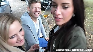 Trio Sex on Public