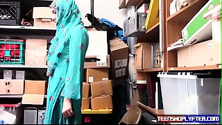 Hot Muslim Teen Shoplyfter Caught &amp_ Harassed