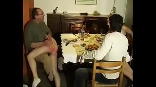 2 couples dinner