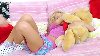 X-Videos spezial: Petite Arse stab Legal age teenager Beauty Alina