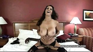 Big breasted Cougar Persia Monir is pounding some bbc