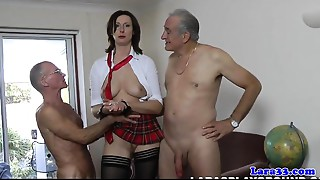 Nylons cougar in threeway facialized