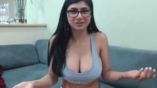 Mia Khalifa hot masturbation