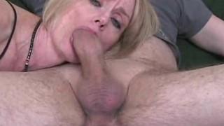 Melanie Skyy Blow job Queen