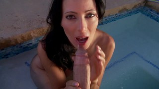 Zoey Holloway Copulates By the Pool