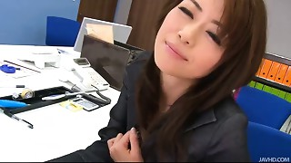 During an office break Maki Hojo toys her snatch with office