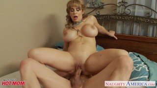 Breasty golden-haired mamma Alyssa Lynn engulf a big penis