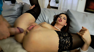 Hypnotizing brunette hair lady Tanata tastes dick after arse stab penetration