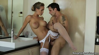 Whorewife Nicole Aniston copulates superlatively good stud at the wedding day