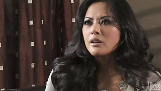 Sexited Kaylani Lei gives a stout irrumation to the beefy dick of the detective