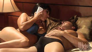 Veronica Rayne blows schlong of her paramour after talking to her spouse on the phone