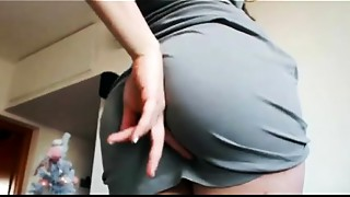 Somebody knows her name?