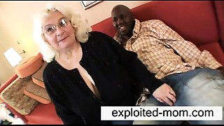 Old slut likes ebony dong