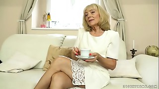 Older lady enjoys unfathomable screw with her younger paramour
