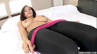 Exotic Cutie Selena Ali Can't live without To Unfathomable Face hole 10-Pounder