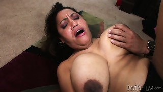 Naughty unshaved vagina of luscious grandmother is pounded bad