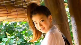 Bonny student babe Aki Hoshino plays volleyball